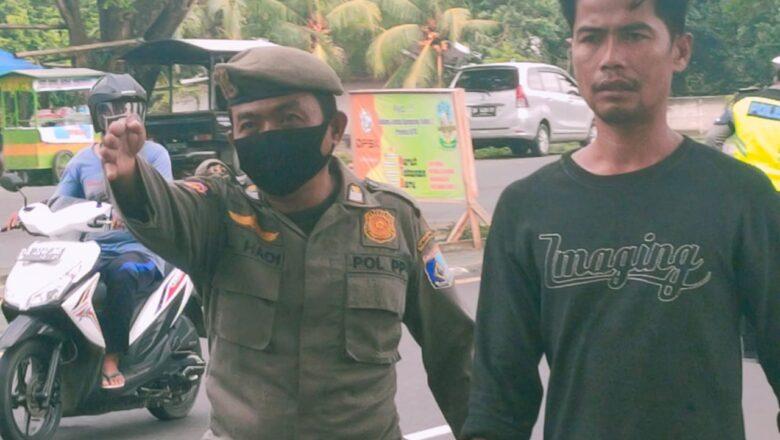 Petugas Gabungan Tindak 84 Pelanggar Prokes di Kuripan, Dua Diantaranya dikenakan Sansi Denda
